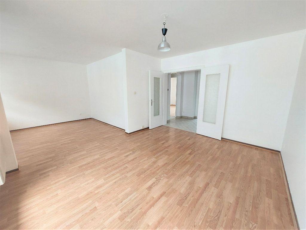 Appartement à louer 2 58.75m2 à Strasbourg vignette-4