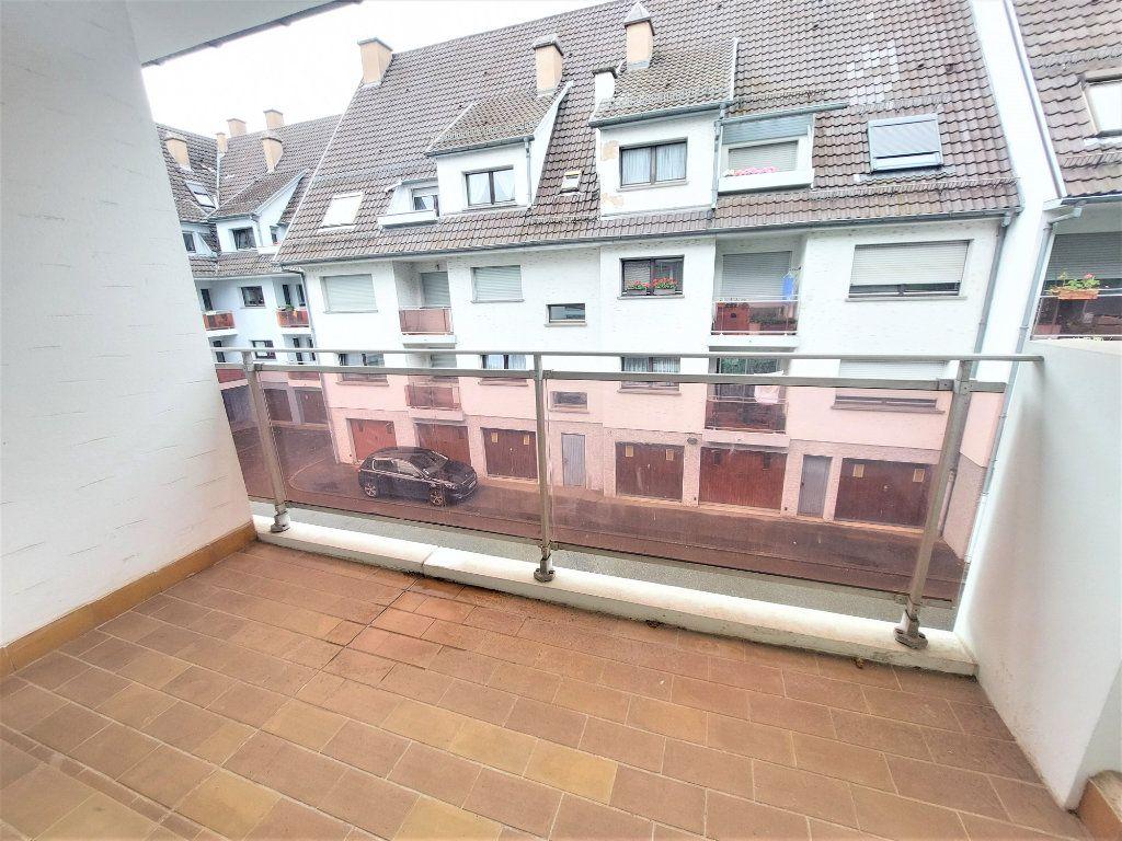Appartement à louer 2 58.75m2 à Strasbourg vignette-5