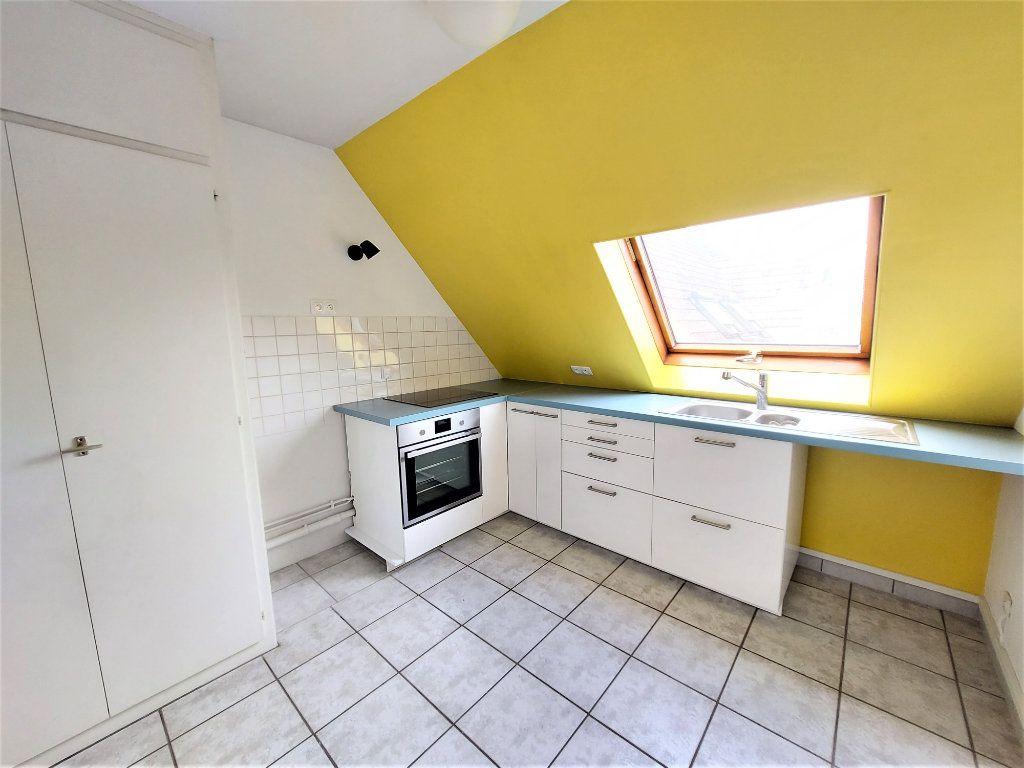 Appartement à louer 2 49m2 à Strasbourg vignette-2