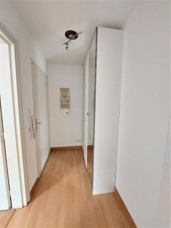 Appartement à louer 2 49m2 à Strasbourg vignette-6