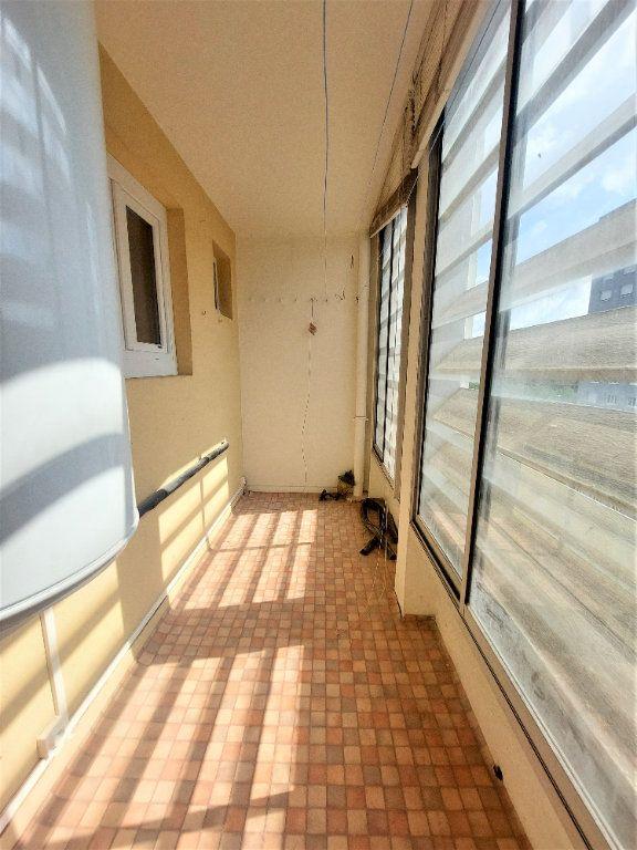 Appartement à louer 4 101.39m2 à Strasbourg vignette-3