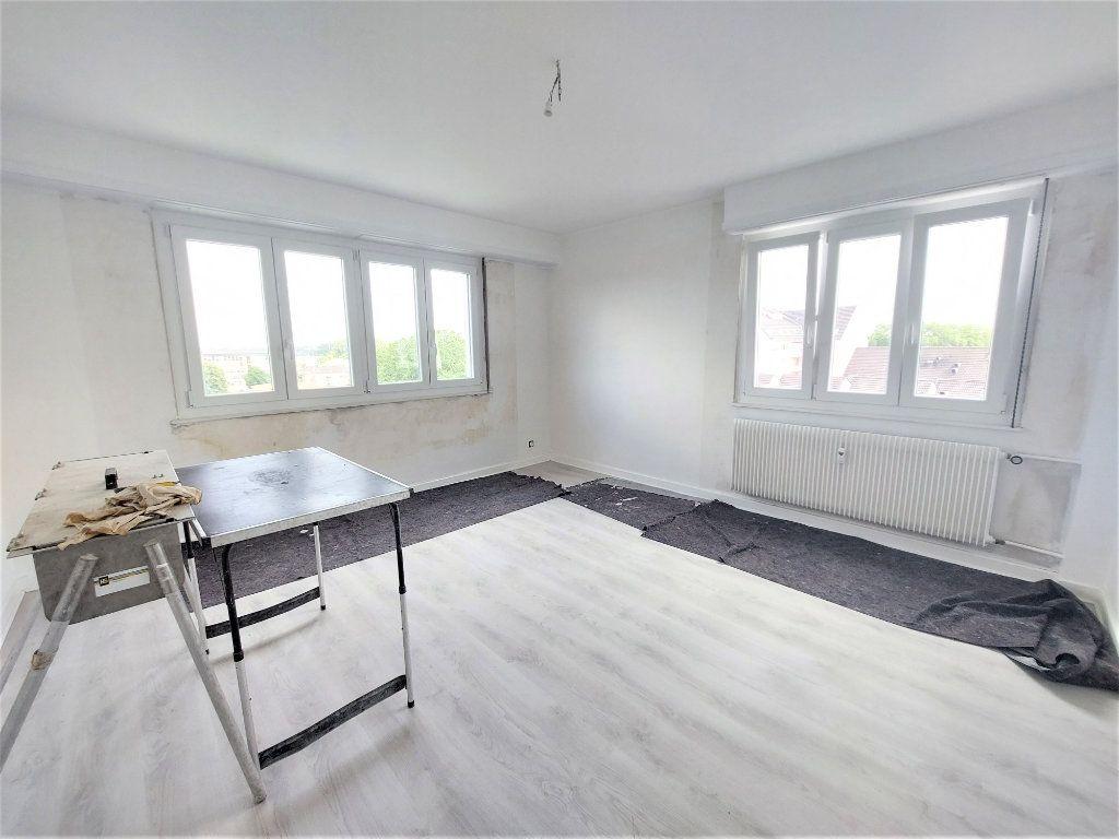 Appartement à louer 4 101.39m2 à Strasbourg vignette-6