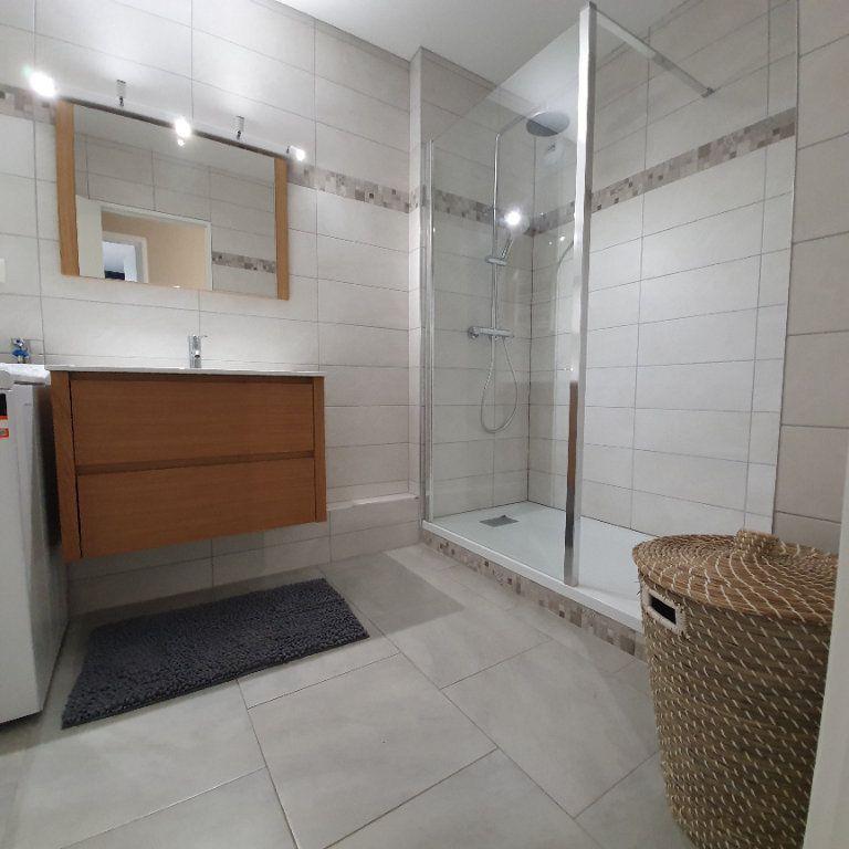 Appartement à louer 3 71.94m2 à Strasbourg vignette-5
