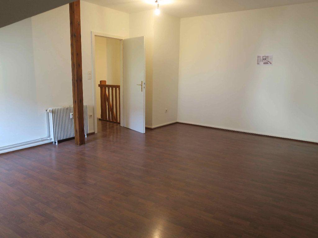 Appartement à louer 3 87.7m2 à Strasbourg vignette-6