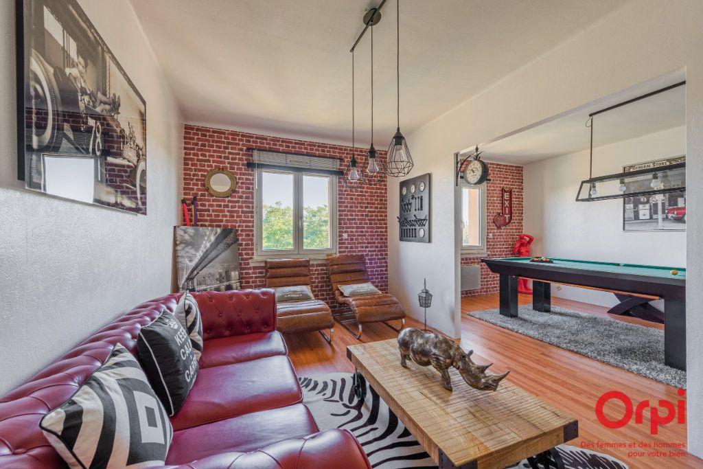 Appartement à vendre 3 62.41m2 à Strasbourg vignette-1