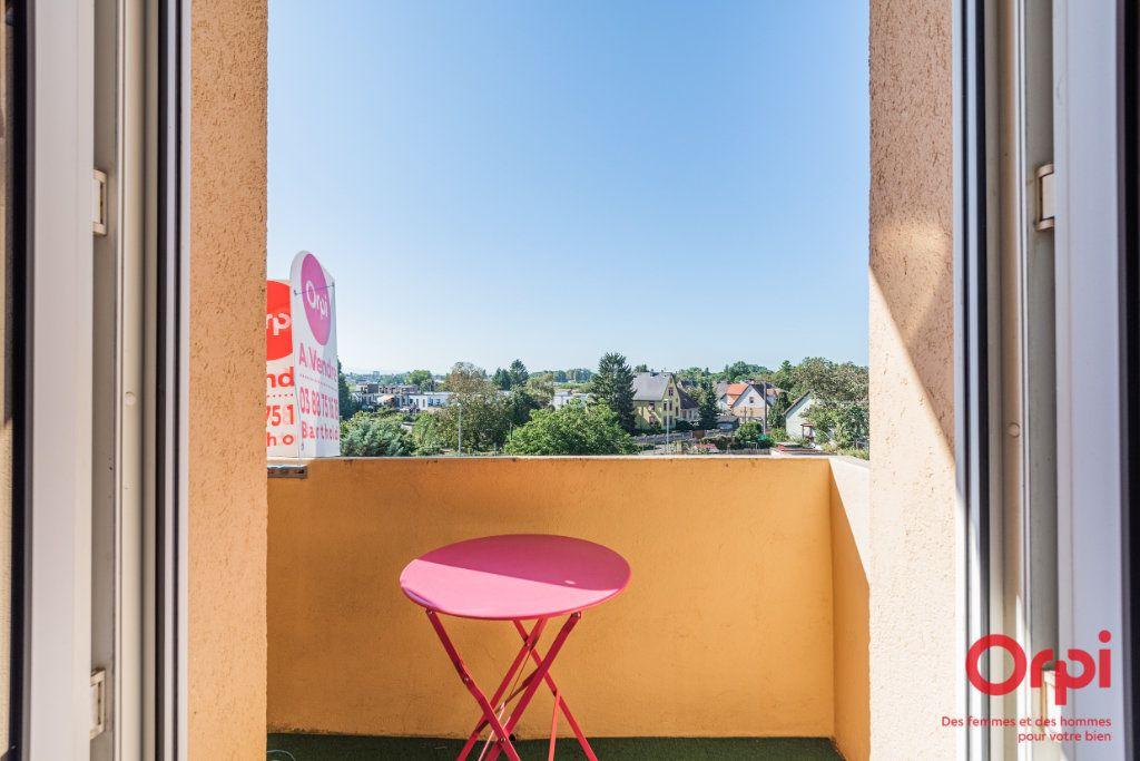 Appartement à vendre 3 62.41m2 à Strasbourg vignette-8