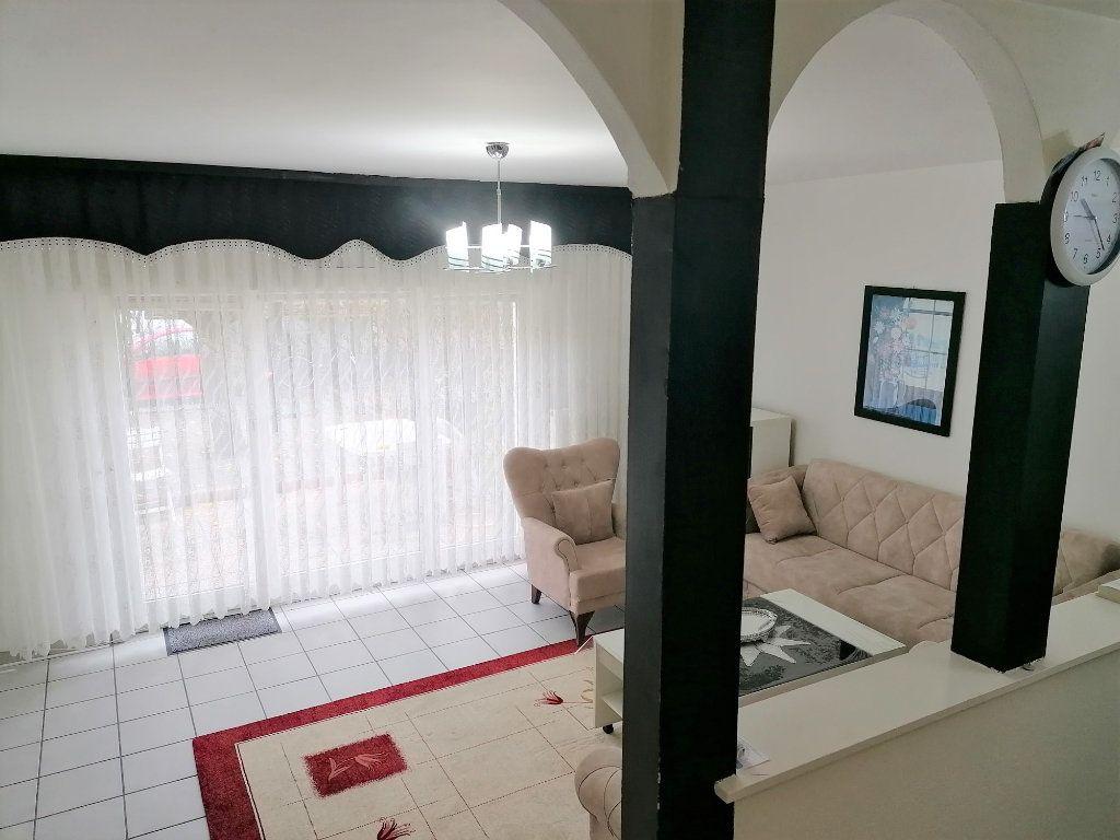 Maison à vendre 5 120m2 à Strasbourg vignette-1