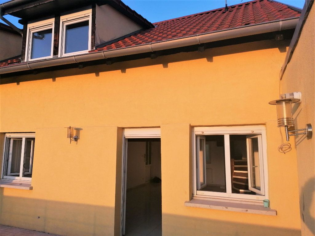 Appartement à vendre 4 83m2 à Lingolsheim vignette-1