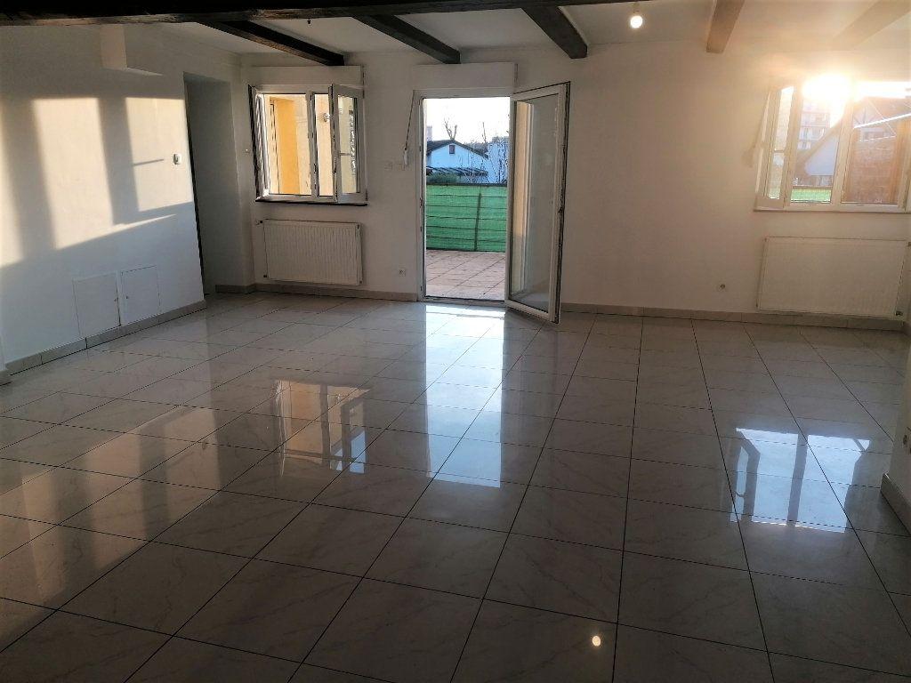 Appartement à vendre 4 83m2 à Lingolsheim vignette-4