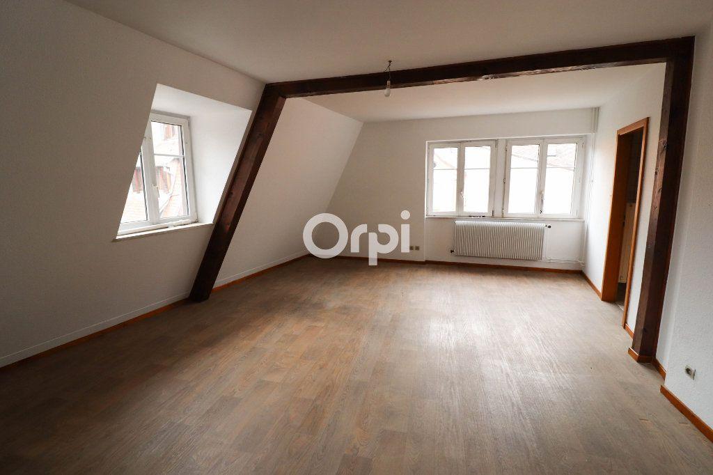 Appartement à louer 3 94.9m2 à Obernai vignette-1