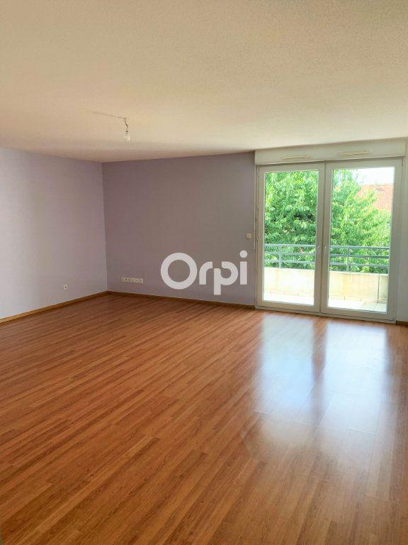 Appartement à louer 3 75m2 à Eckwersheim vignette-2