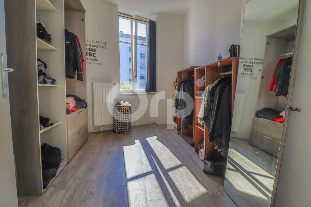 Appartement à louer 2 55m2 à Colmar vignette-4
