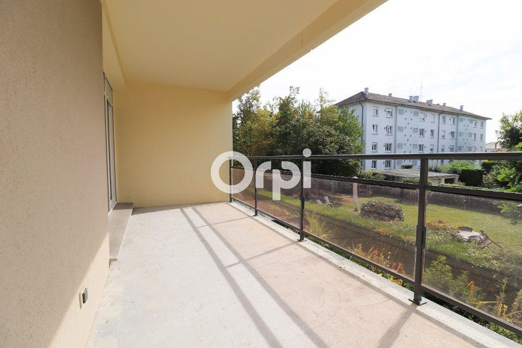 Appartement à louer 3 69.72m2 à Colmar vignette-1