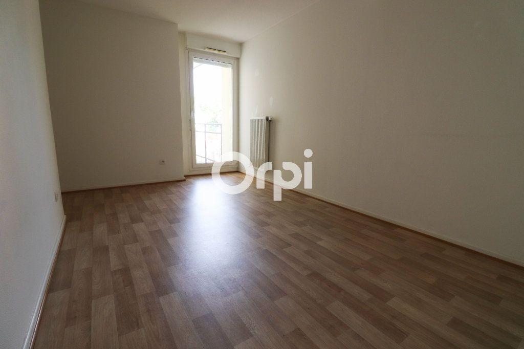 Appartement à louer 3 69.72m2 à Colmar vignette-6