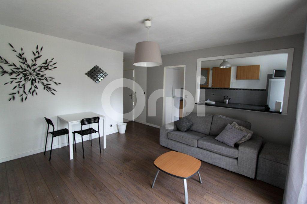 Appartement à louer 2 42.03m2 à Mulhouse vignette-1