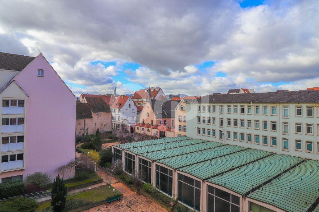 Appartement à vendre 4 89m2 à Colmar vignette-6