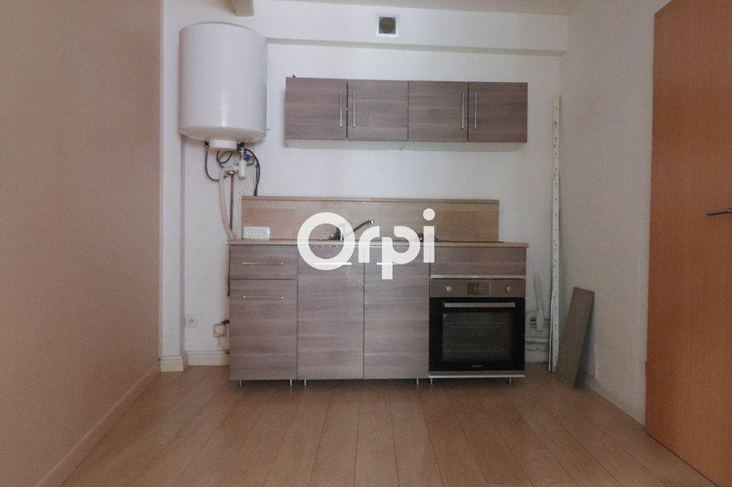 Appartement à louer 1 37m2 à Colmar vignette-2