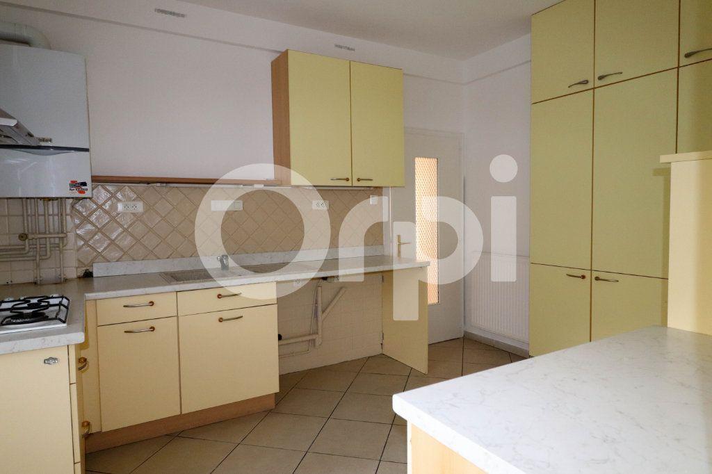 Appartement à vendre 5 116.84m2 à Thann vignette-12