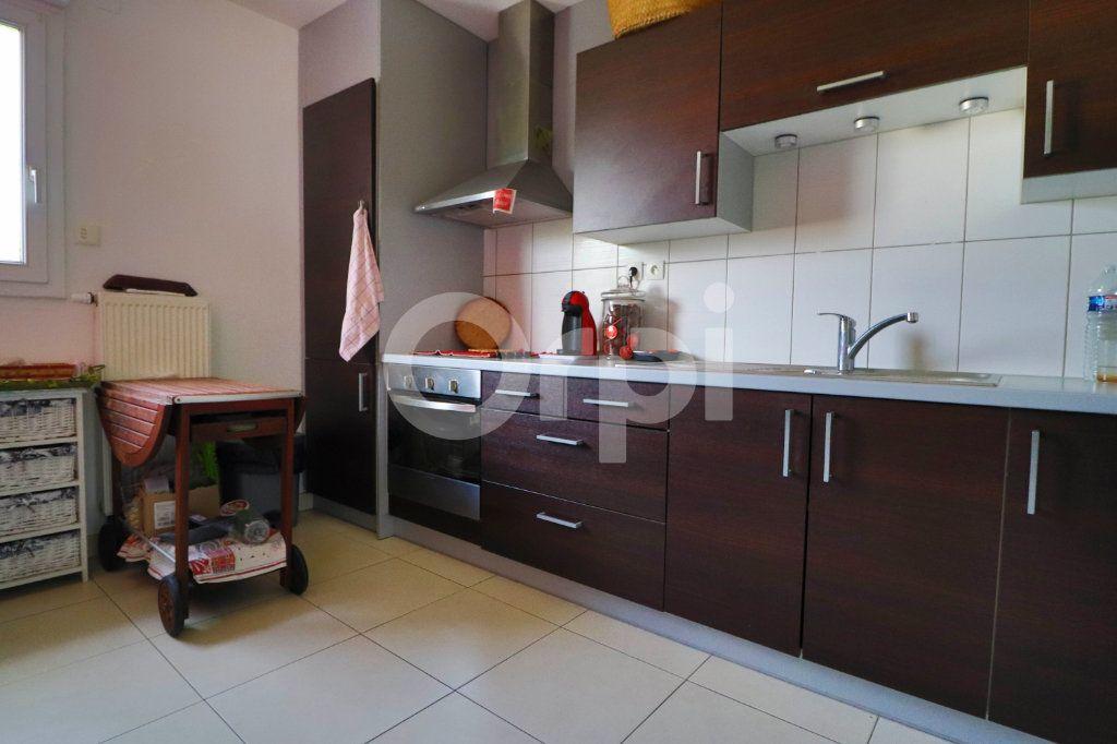 Appartement à louer 4 86m2 à Colmar vignette-3