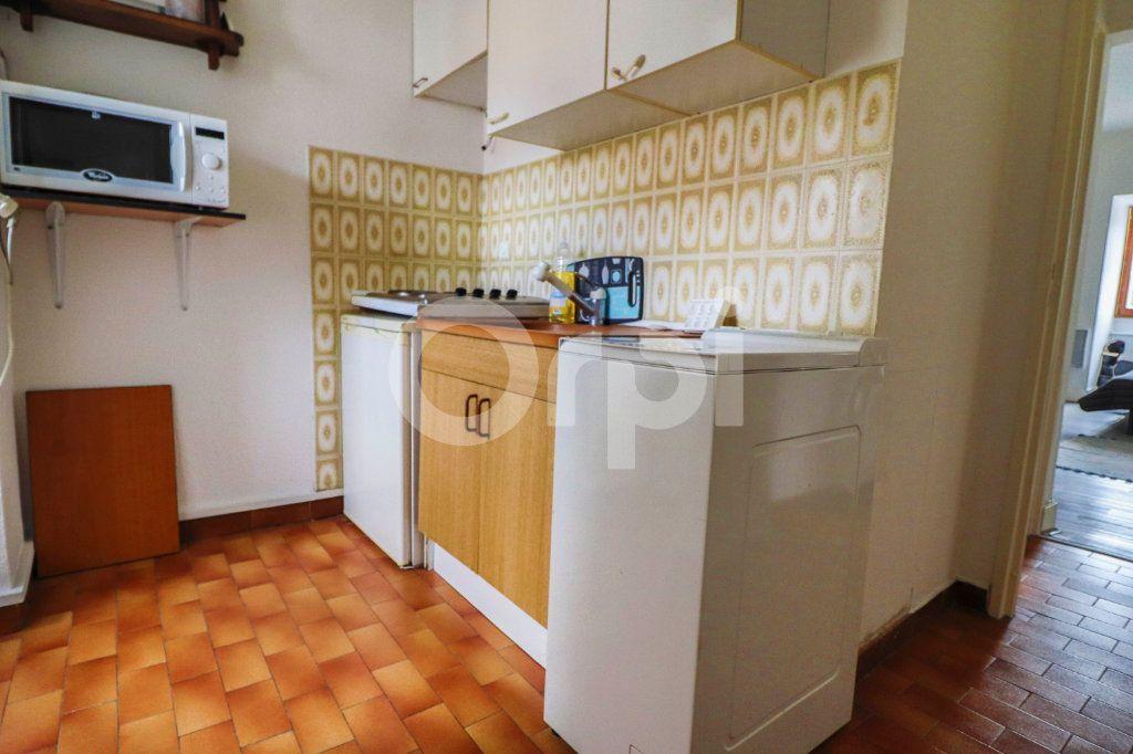 Appartement à louer 1 28m2 à Colmar vignette-3