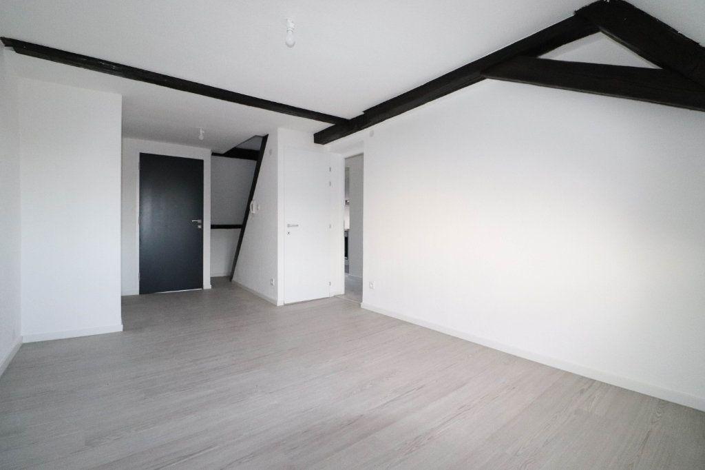 Appartement à louer 2 43m2 à Mulhouse vignette-1