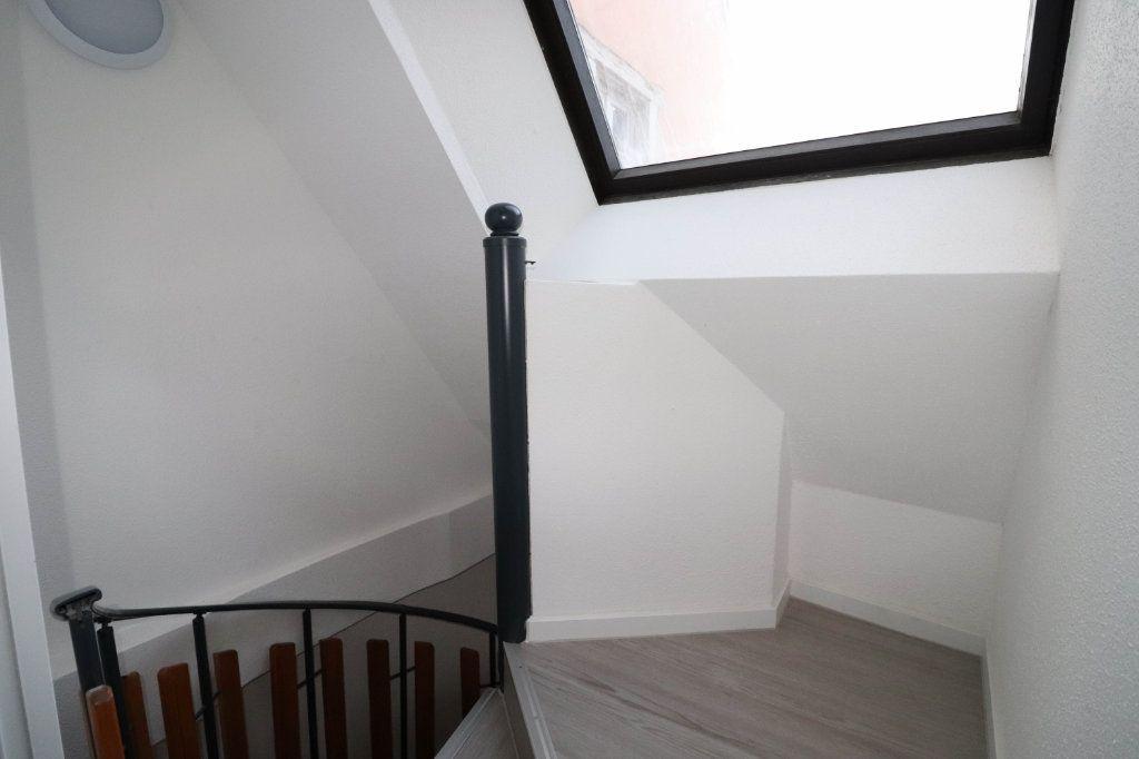 Appartement à louer 2 43m2 à Mulhouse vignette-6