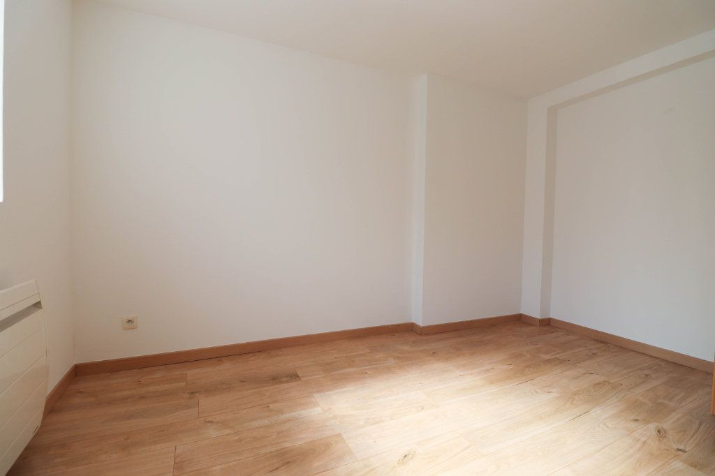 Appartement à louer 2 65m2 à Mulhouse vignette-2