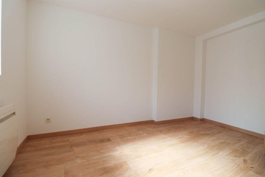 Appartement à vendre 2 75.06m2 à Mulhouse vignette-3