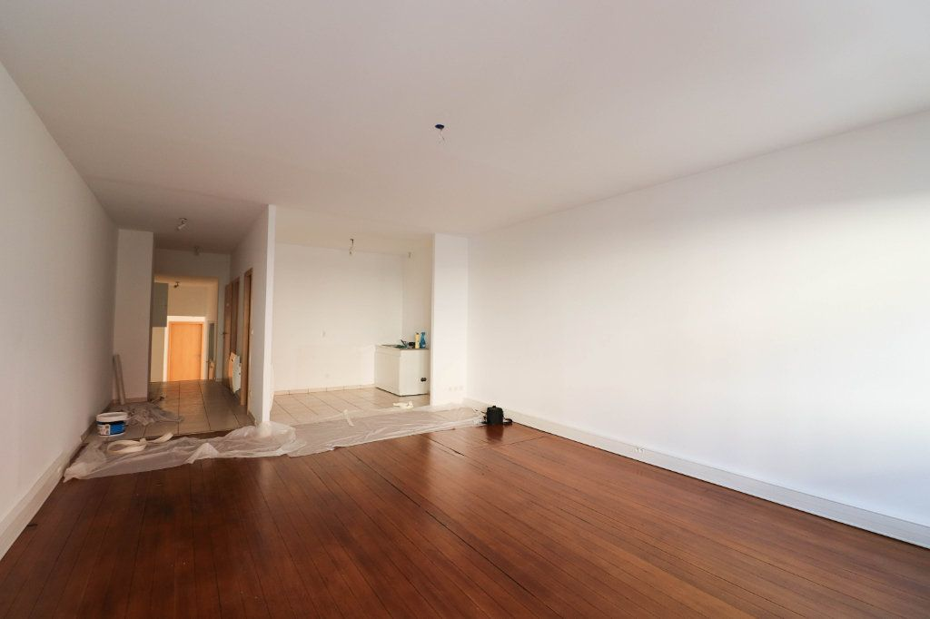 Appartement à louer 2 65m2 à Mulhouse vignette-4