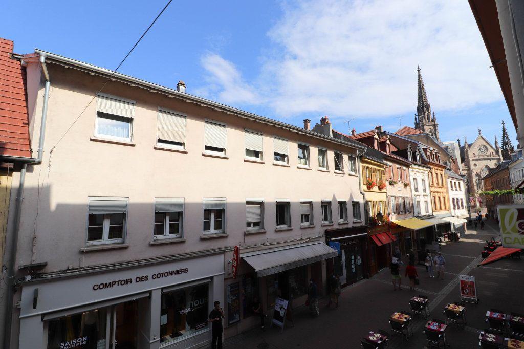 Appartement à louer 2 65m2 à Mulhouse vignette-6