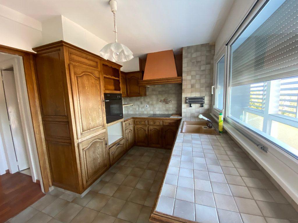 Appartement à louer 4 105m2 à Mulhouse vignette-4