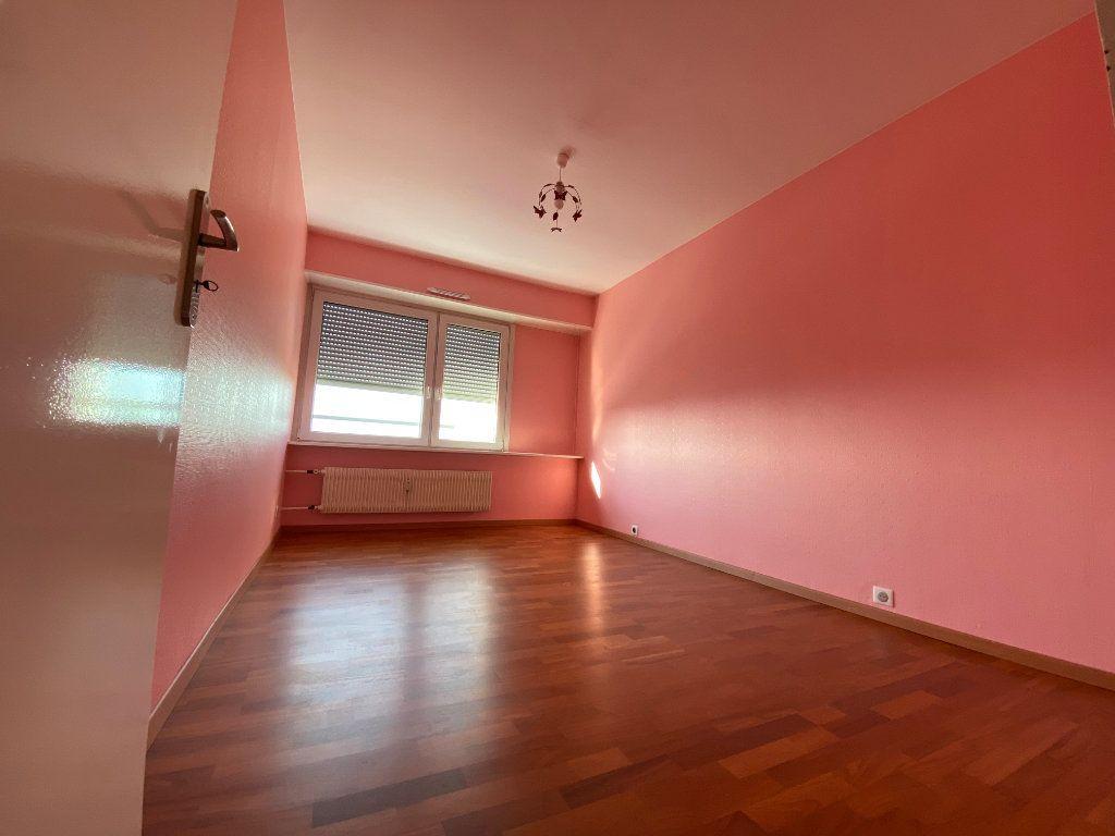 Appartement à louer 4 105m2 à Mulhouse vignette-5