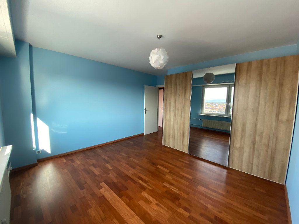 Appartement à louer 4 105m2 à Mulhouse vignette-7