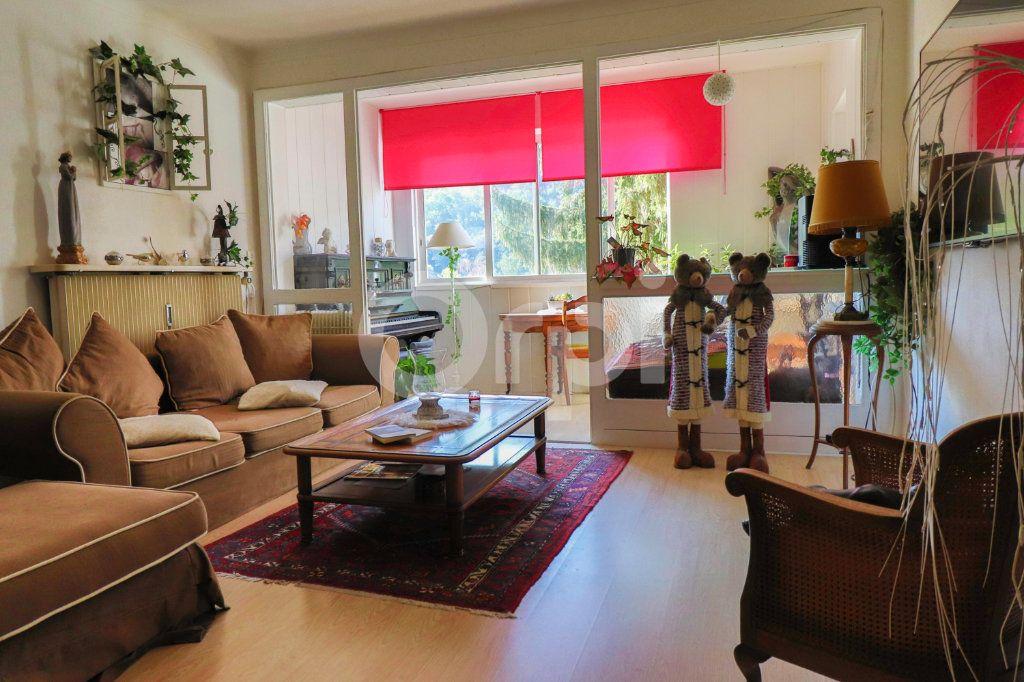 Appartement à vendre 4 109m2 à Kientzheim vignette-1