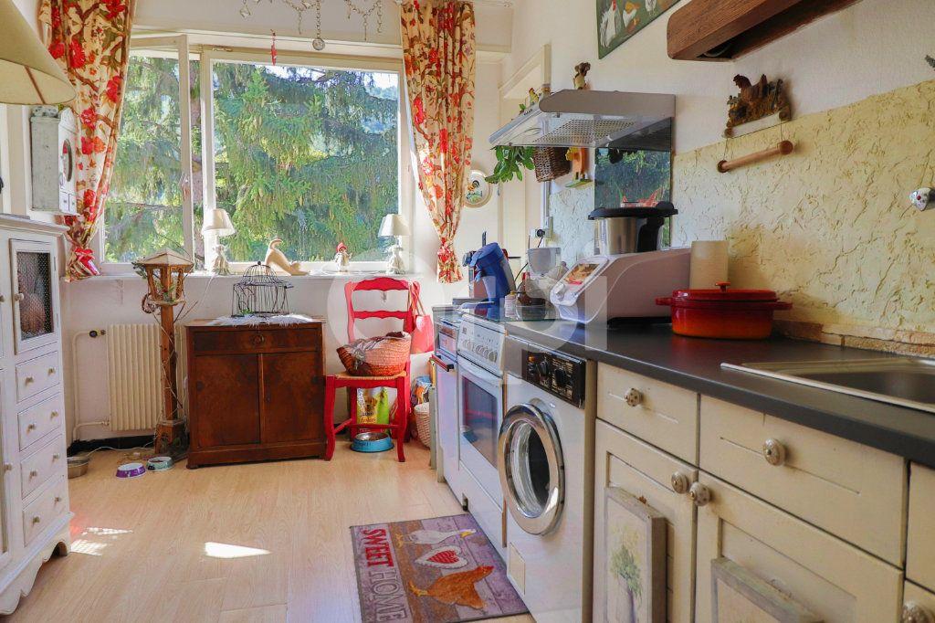 Appartement à vendre 4 109m2 à Kientzheim vignette-4