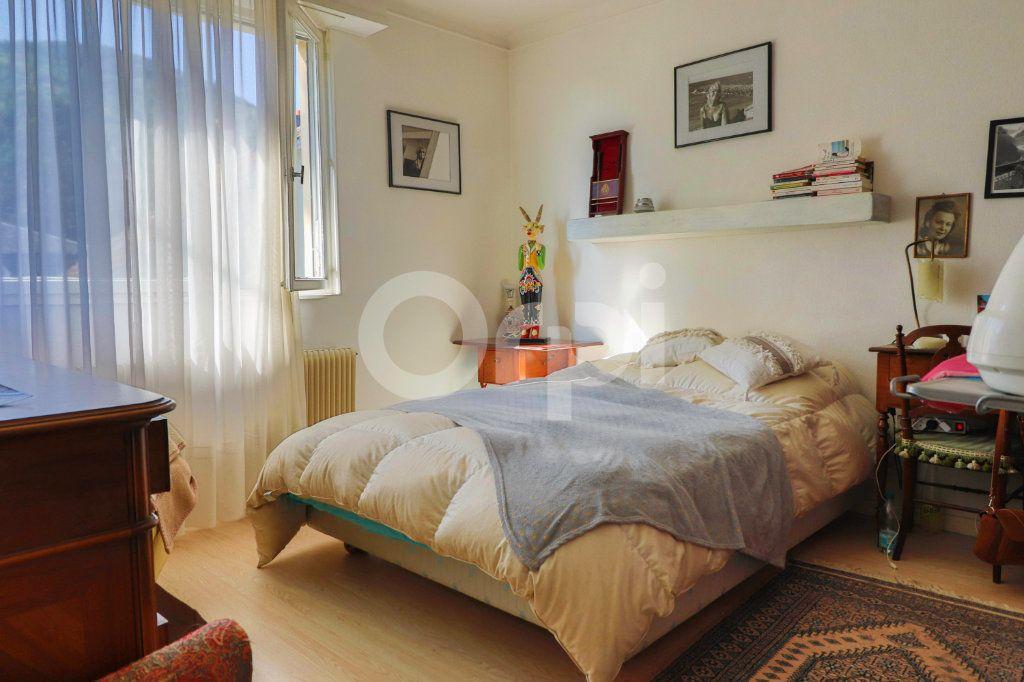 Appartement à vendre 4 109m2 à Kientzheim vignette-6