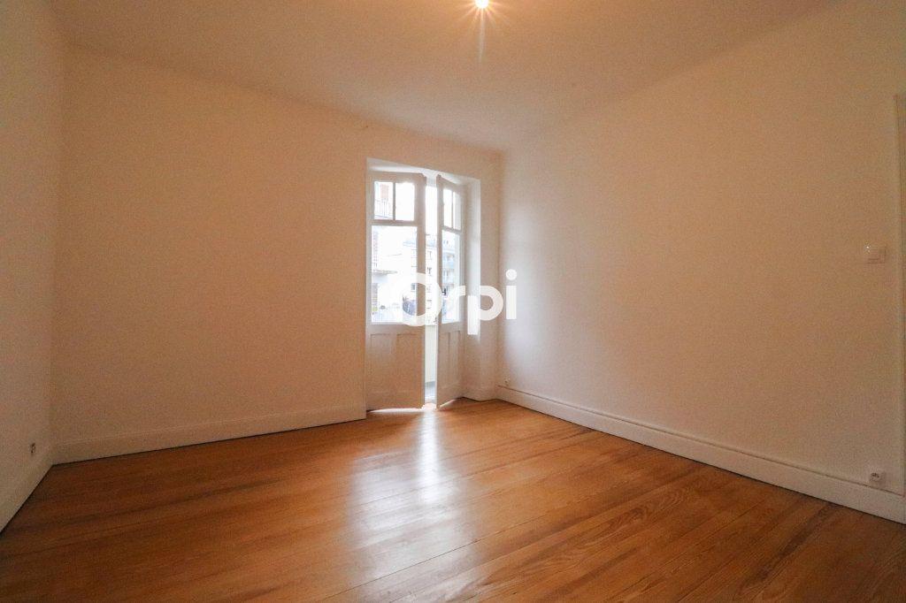 Appartement à vendre 4 93m2 à Strasbourg vignette-6