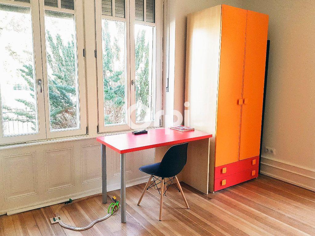 Appartement à vendre 5 152.2m2 à Colmar vignette-8