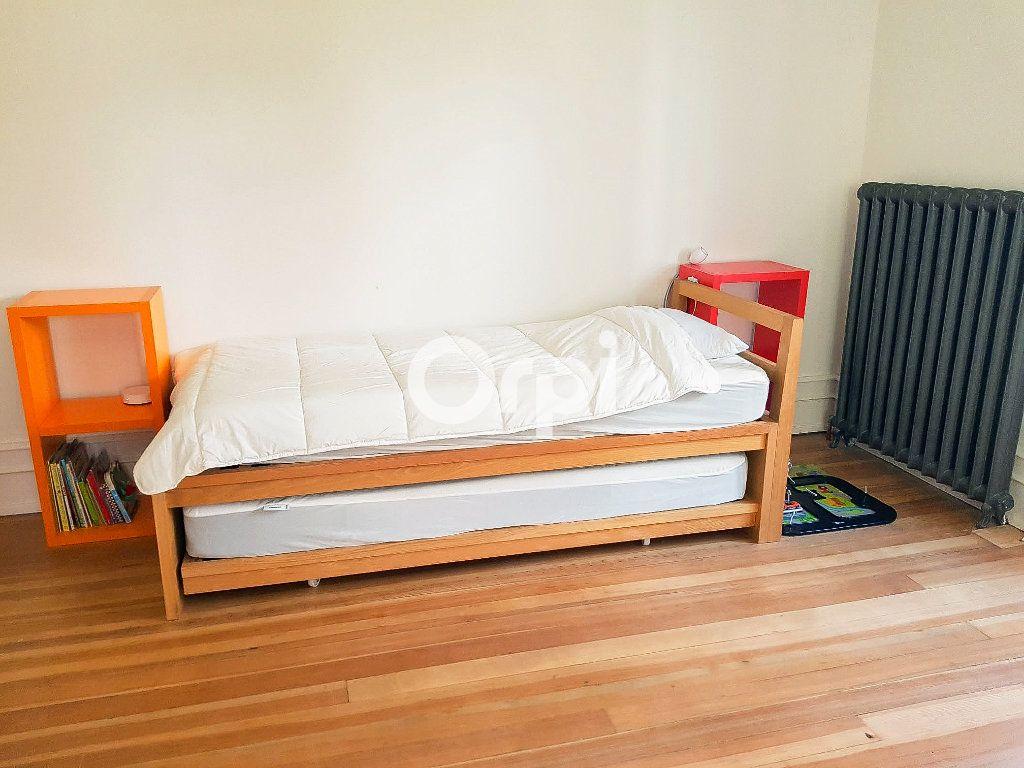 Appartement à vendre 5 152.2m2 à Colmar vignette-9