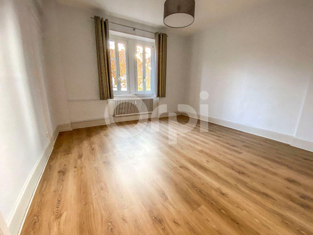 Appartement à louer 5 131m2 à Colmar vignette-8
