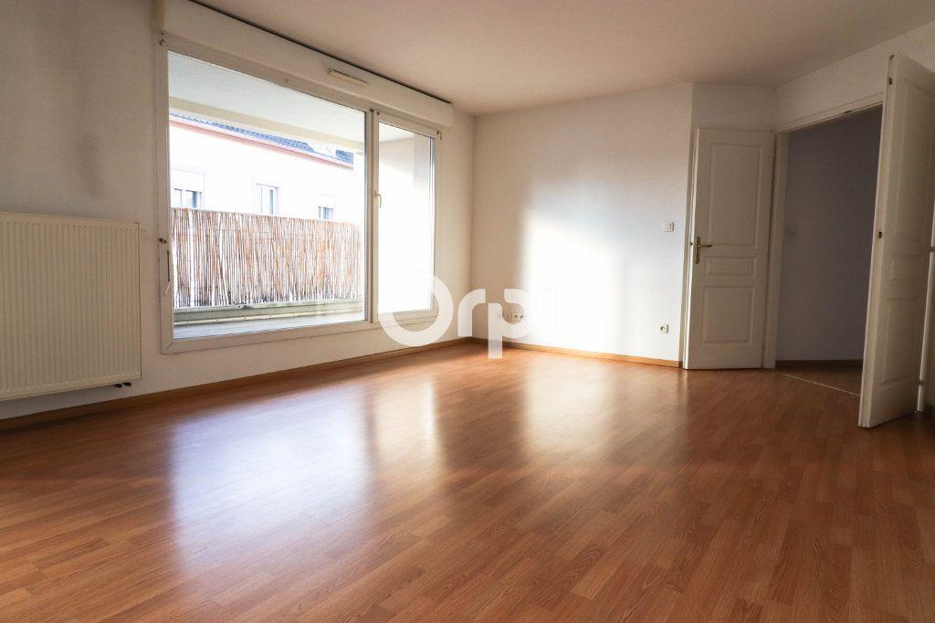 Appartement à louer 4 90m2 à Colmar vignette-2