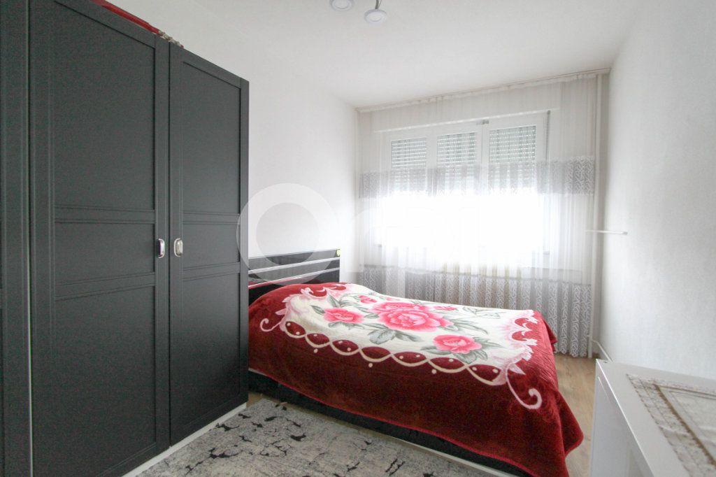 Appartement à vendre 4 67.38m2 à Mulhouse vignette-5
