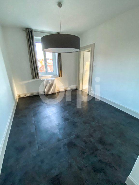 Appartement à louer 3 70m2 à Colmar vignette-2