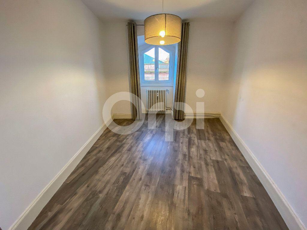 Appartement à louer 3 70m2 à Colmar vignette-5