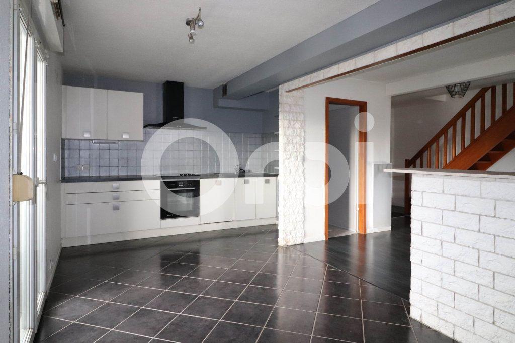 Appartement à vendre 3 113m2 à Mulhouse vignette-4