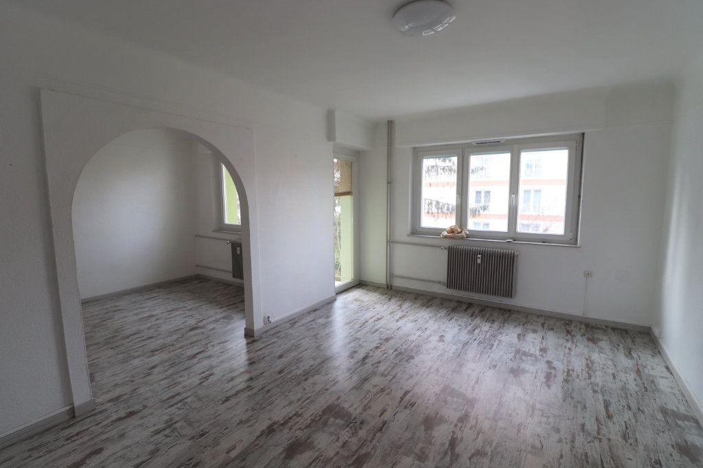 Appartement à louer 4 70m2 à Mulhouse vignette-1