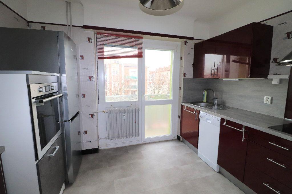 Appartement à louer 4 70m2 à Mulhouse vignette-2