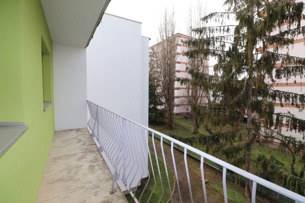 Appartement à louer 4 70m2 à Mulhouse vignette-8