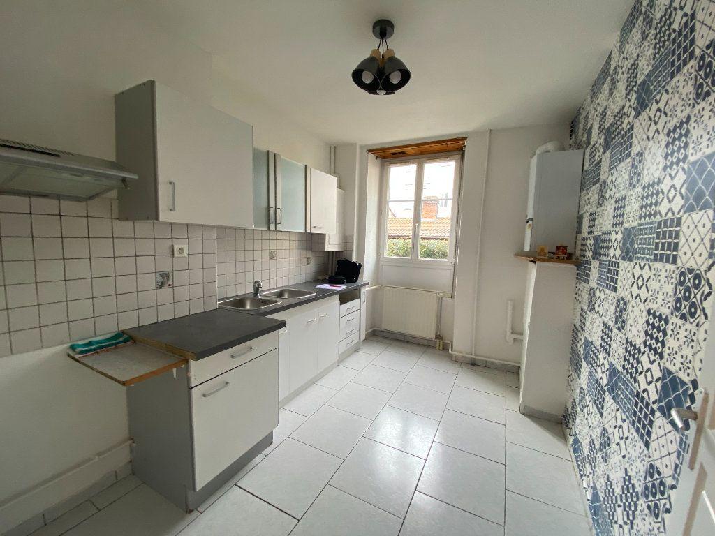 Appartement à louer 3 56m2 à Mulhouse vignette-1