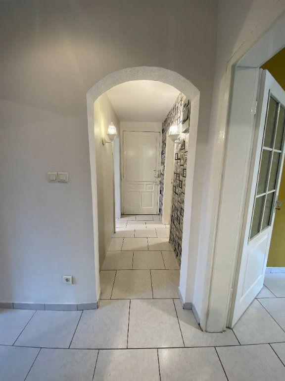 Appartement à louer 3 56m2 à Mulhouse vignette-2